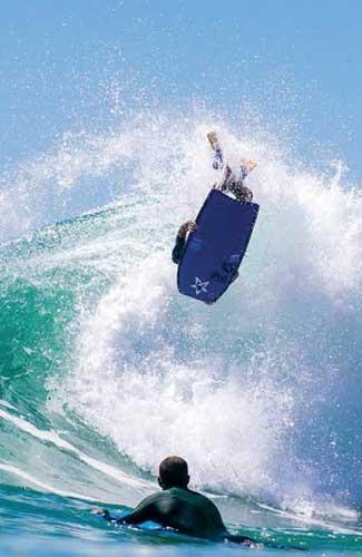 Stealth bodyboard fins